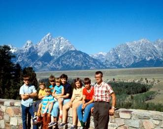 Buman Family picture on vacation in the mountains